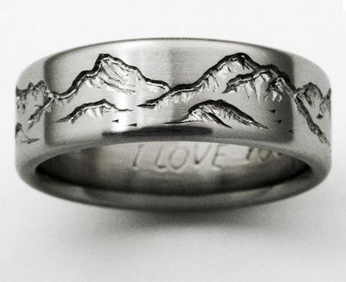Montana 2 titanium ring with mountains