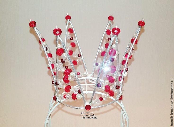 """Купить Корона """"Королева"""" - ярко-красный, корона, корона из бусин, корона на ободке, цветочная корона"""