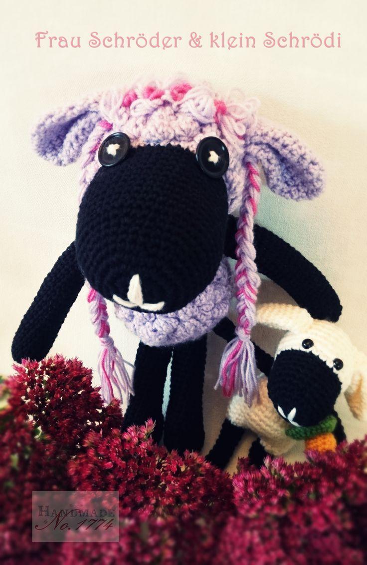 Kuscheltier - Crochet - Schaf - Spielzeug - Kind - Traum - Träumen - gehäkelt - Wolle - Mutter und Kind - Baby - Photoprops