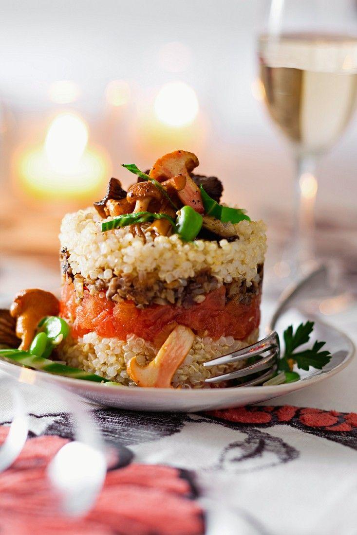 Quinoa-Pilztürmchen | http://eatsmarter.de/rezepte/quinoa-pilztuermchen