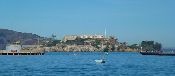 A shot taken from the beach towards Alcatraz Island. Want this picture printed on canvas or cards etc? Click on the image :)