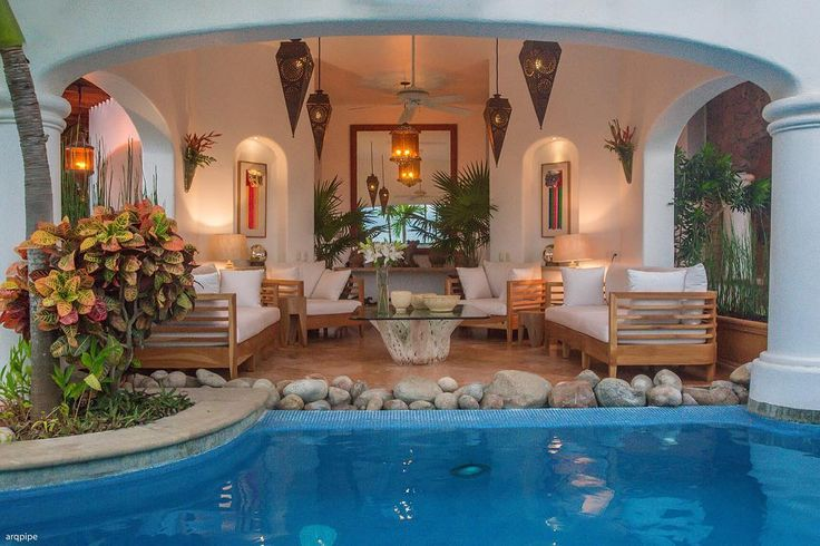 La Casa de Mi Familia in Sayulita is perfect for large groups who want to party celebrate or just enjoy all the color and ambiance that this super-fun funky seaside surf town has to offer. | Sayulita Mexico Rentals