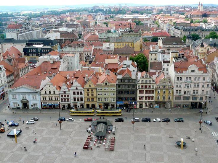 Rathaus und am Platz der Republik in Pilsen