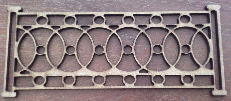Intricate fence / pillar