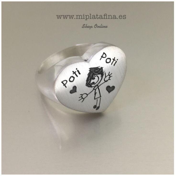 Anillo CORAZÓN en plata de ley grabado personalizado con dibujo original. #joyasquehablandeti #miplatafina #regalosoriginales