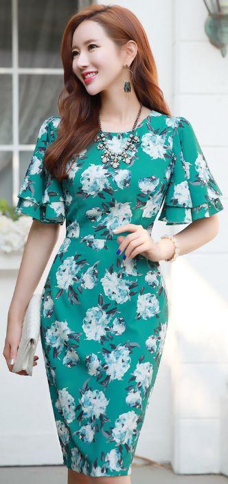 StyleOnme_Floral Print Angel Wing Sleeve Fitted Dress #floral #turquoise #feminine #elegant #koreanfashion #kstyle #kfashion #seoul #dailylook #summertrend