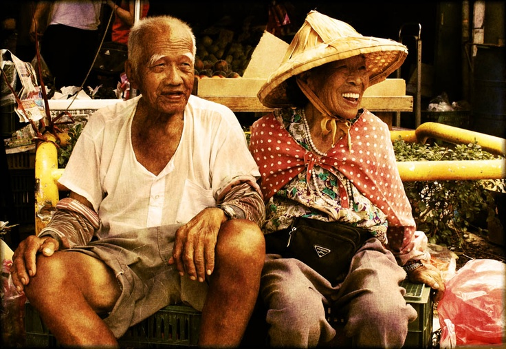 Happy people - Traditional market - Linkou