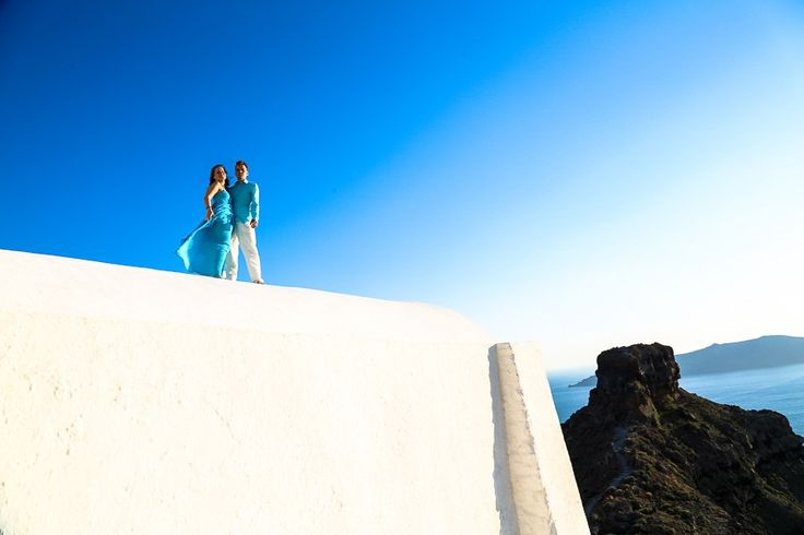 elopement portraits photography at Santorini