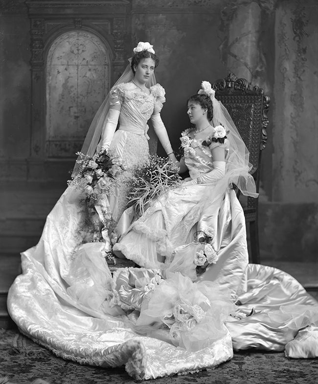 Funny Old Woman Wedding Gowns: Lady White And Mrs Percy I Curtis 1900