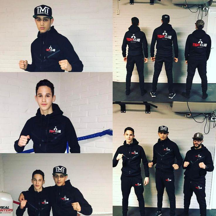 Trainingspakken zijn nu leverbaar!! Volwassenen vanaf XS-XXL voor €65,- en Kids 104-164  voor €60,- reserveer nu je pak bij de balie! Levertijd max. 1 week! #fightclubhuizen #believe #train #achieve #new #trainingspak #2017 #new #futurechamps #realfighters #budoshophilversum #hard #work #fight #huizen #respect #k1 #kickboxing http://www.butimag.com/trainingspak/post/1476402233452255707_4245340404/?code=BR9PAJOg9nb