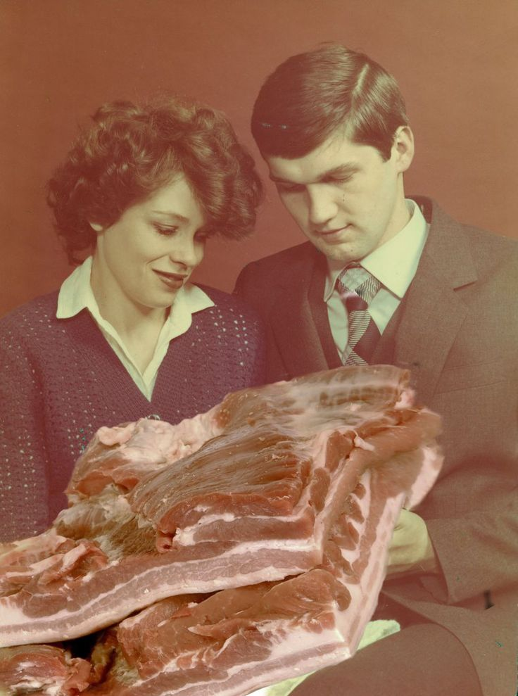 MEAT FETISHES, ATTENTION DEFICITS AND COMMUNIST NIGHTMARE NOSTALGIA – OBSERVING THE WORLD THROUGH THE LENS OF PAULINA OTYLIE-SURYS