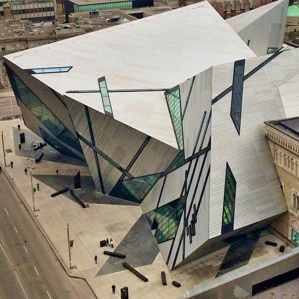 Michael Lee Chin Crystal addition to Royal Ontario Museum in Toronto, Ontario, Canada // Architect Daniel Libeskind
