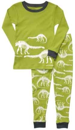 Does your child want dinosaur pajamas? Every little boy loves dinosaurs, I know mine did. He liked to play dinosaurs, he liked to wear dinosaur...