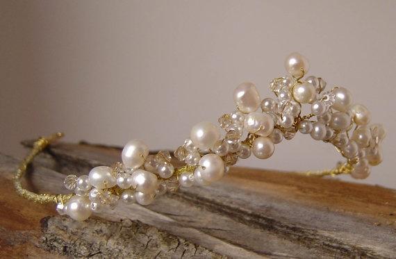 Freshwater pearl tiara The Whimsicle CALLIDORA