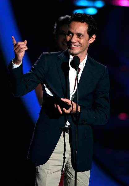 Singer Marc Anthony accepts the Hall of Fame award during the 2012 Billboard Latin Music Awards in Coral Gables, Florida.