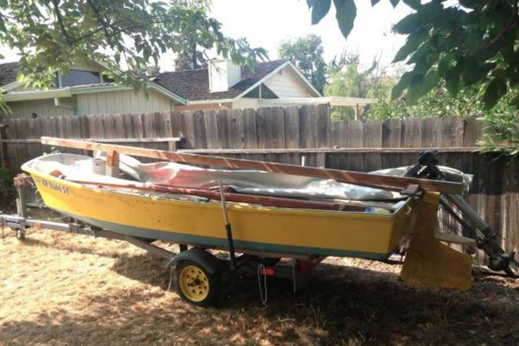 Old boat removal junk boat disposal boat haul away company
