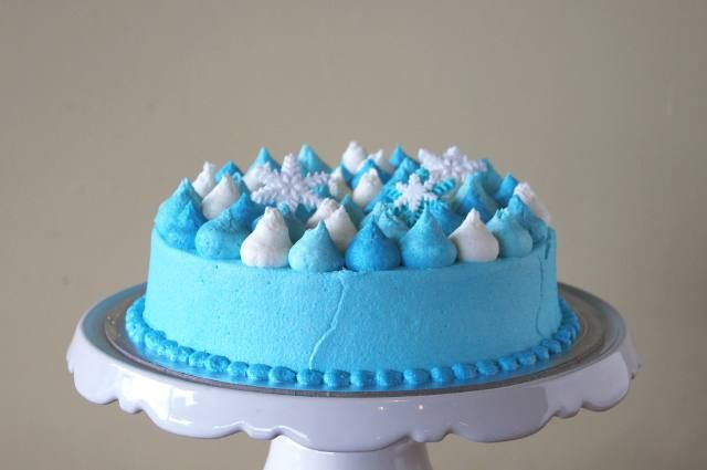 Snowflake gumdrop cake (Vegan and Gluten free)