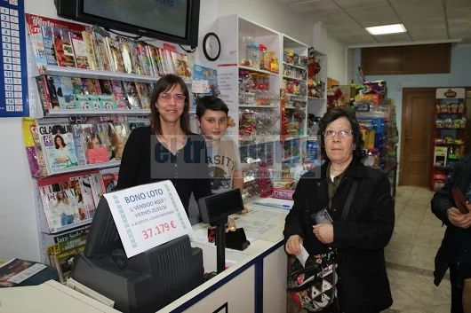 El triángulo » El quiosco Prades de Onda reparte 37.179€ de la Bonoloto http://www.eltriangulo.es/contenidos/?p=62321