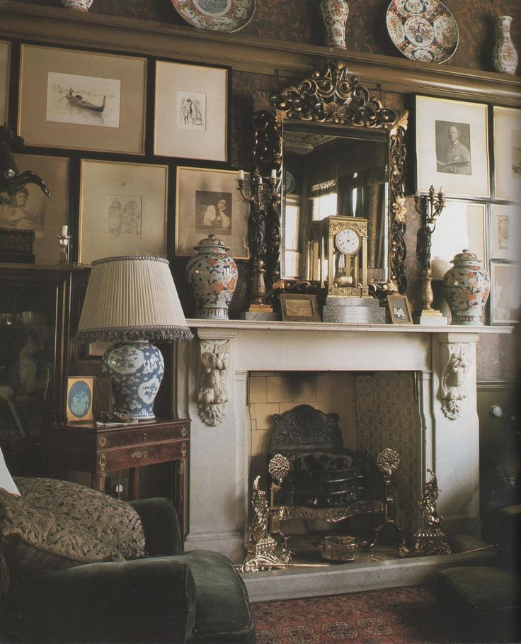 Victorian Sitting Rooms: Cluttered English Sitting Room: Love Those Rooms Where
