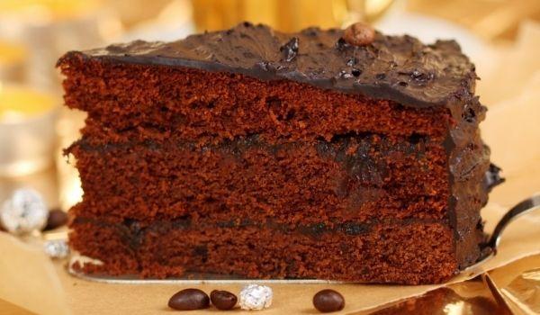 Невероятно вкусна шоколадова торта - Рецепта за Невероятно вкусна шоколадова торта