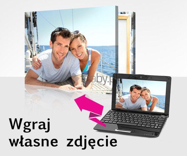 Ciesz się swoim obrazem.  W Feeby.pl zamówisz obraz z dowolnie wybranym przez Ciebie zdjęciem. Prześlij nam fotografię Twoich bliskich z podróży lub ciekawego wydarzenia, a stworzymy z niej obraz! Gwarantujemy najwyższą jakość i szybką realizację zamówienia. Produkcja odbywa się na typie wykończenia Canvas.