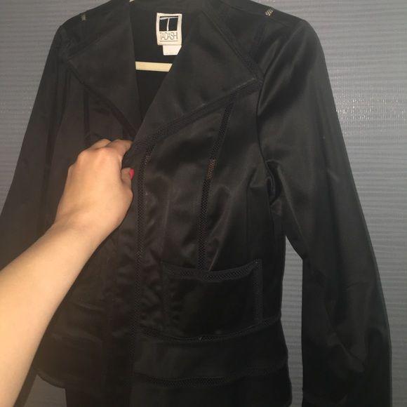 Tadashi Shoji Dresses & Skirts - Model needed to show beauty