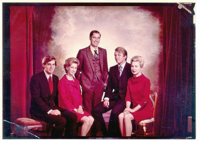 The Trump siblings — from left, Robert, Elizabeth, Freddy, Donald and Maryanne — in an undated photo. Freddy Trump, who died in 1981, was eight years older than Donald. Credit via Donald Trump campaign