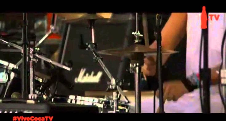 Los Caligaris - Kilómetros Vive Latino 2014