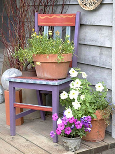 recycling-furniture-garden-decorations-decorating-with-flowers