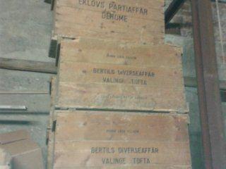 Gamla trä lådor. lå 70 cm br 45 cm hö 60 cm   Göteborg
