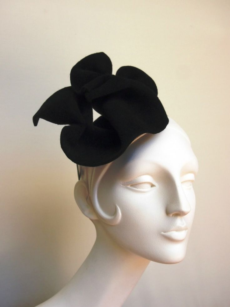 Interview with Celebrity Milliner Carolyn Unwin - Mama Stylista