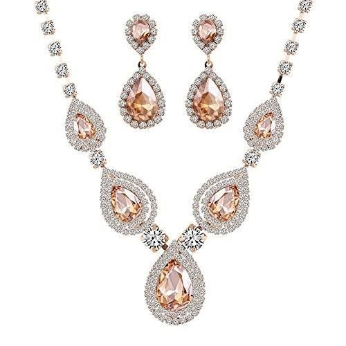 Beautiful champagne jewellery set ❤ Shop the bling collection here: http://amzn.to/2lj9uVW ❤