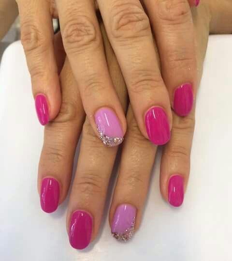 Unghie rosa estate