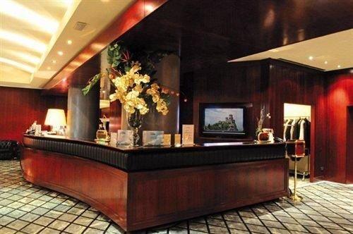 Hotel Deal Checker - Grand Hotel San Marino