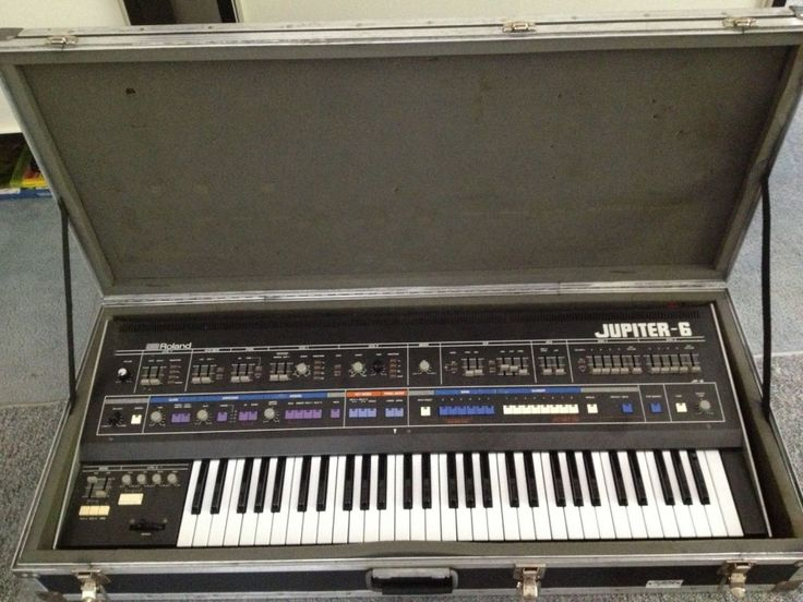 This Instrument is ready for the studio or stage. The Roland Jupiter-6 (JP-6) is a synthesizer manufactured by the Roland Corporation introduced in January 1983 as a less expensive alternative to the Roland Jupiter-8. The Jupiter-6 is widely considered a workhorse among polyphonic analog synthesizers, capable of producing a wide variety of sounds, such as …