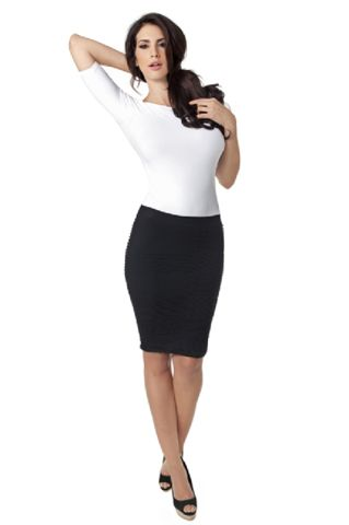 Textured skirt - one size fits most (really)