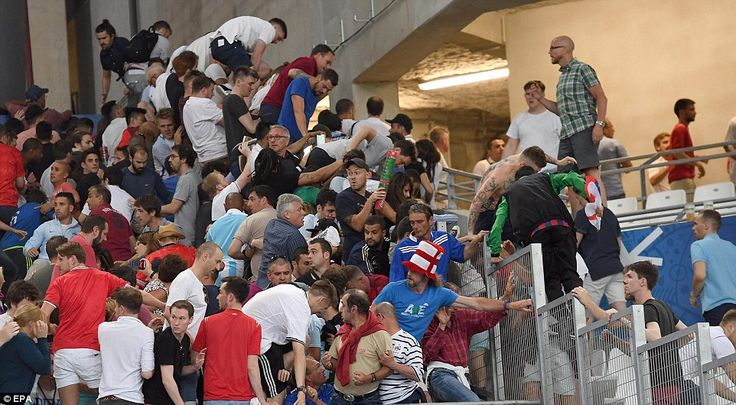 Russian hooligans attack England fans in Marseille, Euro 2016, who escape in a crush
