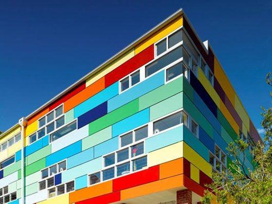 Χρωματα και Αρχιτεκτονική Η χρήση χρωμάτων  για την ανάδειξη δομικών στοιχείων του σχολικού κτιρίου αλλά και τη φιλική προσέγγιση στους μαθητές