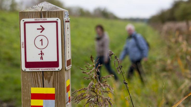 Er zijn steeds meer wandelknooppunten in Nederland. Bijna elke provincie heeft…