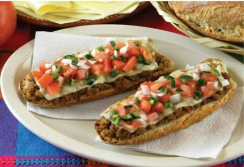 MOLLETES | mollete is made with bolillos o birote (french baguette can ...