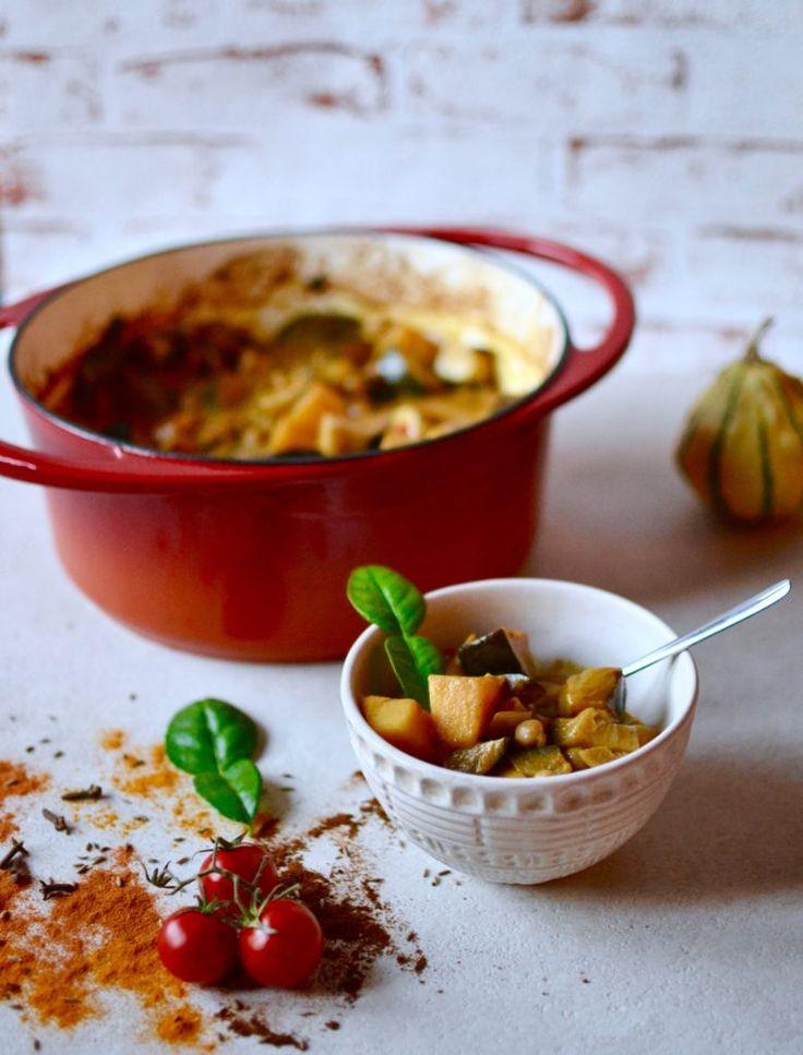 Kürbis Curry mit Auberginen und Kichererbsen - schmeckt super lecker, gerne auch doppelte Portion damit was zum Einfrieren bleibt -