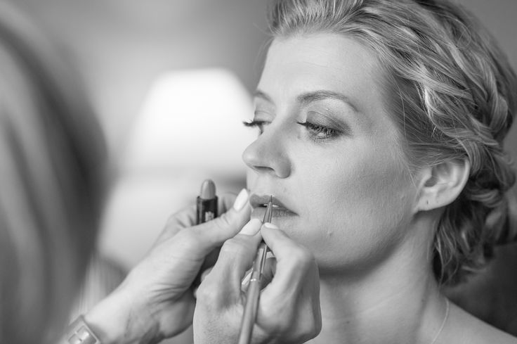 Φροντίζουμε καθημερινά την ομορφιά σας. Περιποίηση προσώπου και μακιγιάζ στο σπίτι! #makigiaz #makeup #μακιγιάζ www.homebeaute.gr