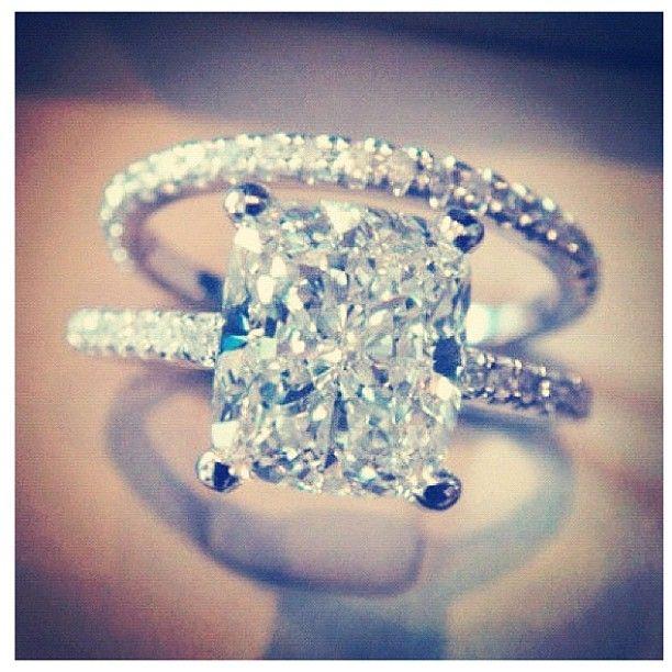 Absolutely perfect!: Engagementring, Dream Ring, Wedding Ideas, Diamond, Wedding Band, Dream Wedding, Wedding Rings, Engagement Rings