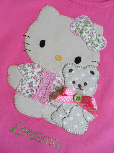 applique kitty quilt                                                                                                                                                     Más                                                                                                                                                     Más