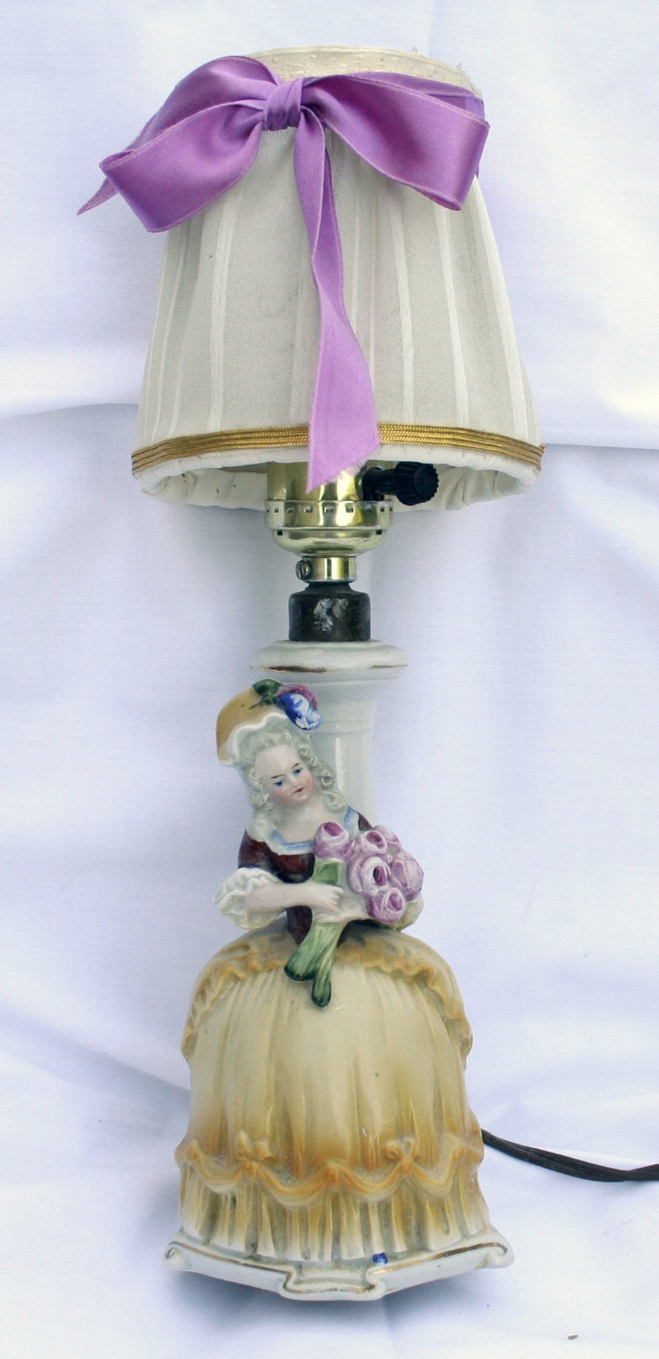 Victorian night lamps - Girls Room Night Light German Boudoir Table Lamp Dresser Victorian Vintage Ebay