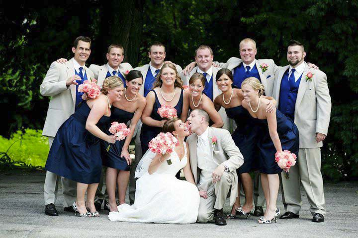 Posing Tip For Large Bridal Party Photog Tips Brooke Photography Indianapolis Chicago Wedding Photographer Indianapol