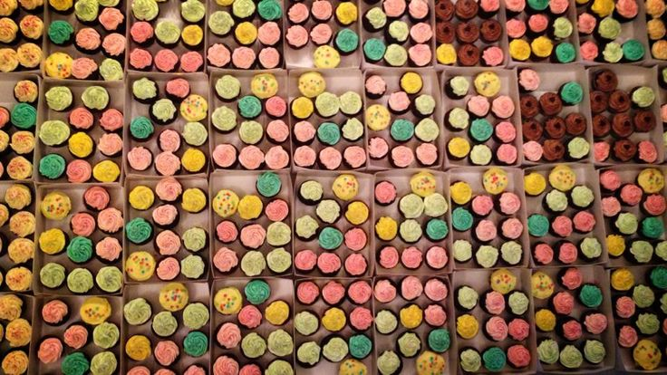 BrkLyn Bakery - Cupcake Invasion!!