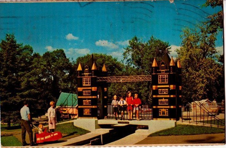 Postcard 917648 Tower Bridge London England Replica Storybook Gardens | eBay