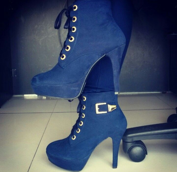 #Shoes #HighHeels #booties #NavyBlue #Milagresa #LoveShoes #me