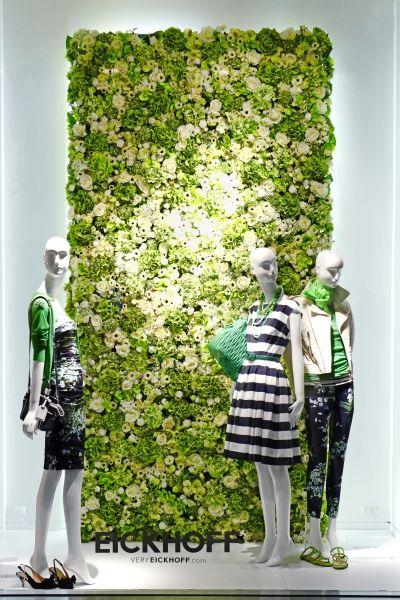 pared de plantas                                                                                                                                                                                 Más